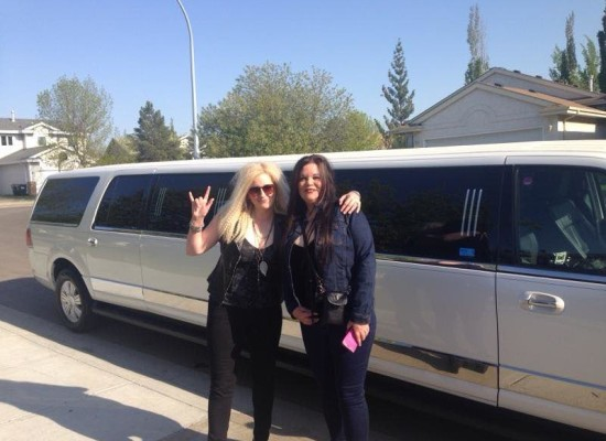 Dinner and show courtesy of 95.7 Cruz FM and Platinum Limousines Edmonton.. Hall Party Winners for t